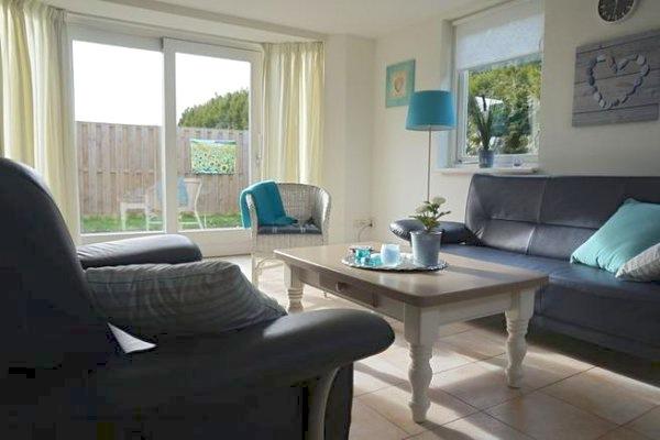 ferienhaus holland mit hund in noordwijk aan texel 5 personen ferienhaus holland. Black Bedroom Furniture Sets. Home Design Ideas