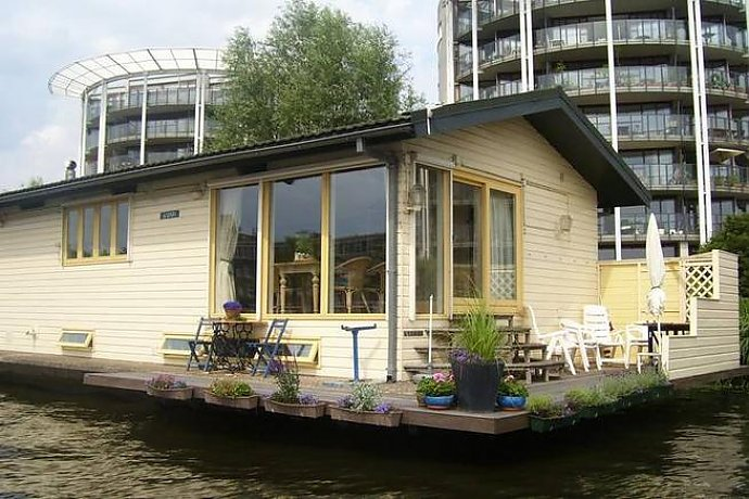 hausboot holland 2 personen amsterdam 30qm ferienhaus holland. Black Bedroom Furniture Sets. Home Design Ideas